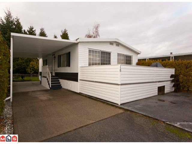 "Main Photo: 18 2303 CRANLEY Drive in Surrey: King George Corridor Manufactured Home for sale in ""SUNNYSIDE"" (South Surrey White Rock)  : MLS®# F1028956"