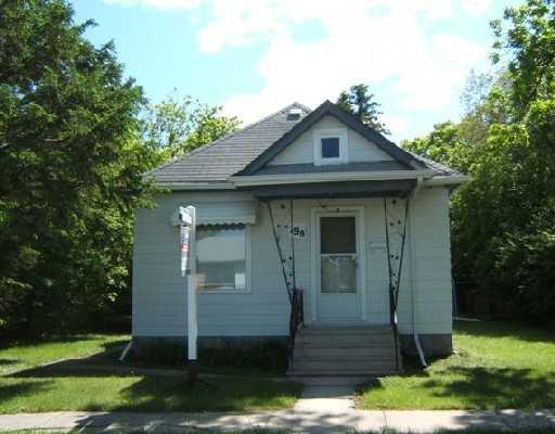 Main Photo: 798 GOVERNMENT Avenue in WINNIPEG: East Kildonan Residential for sale (North East Winnipeg)  : MLS®# 2810316