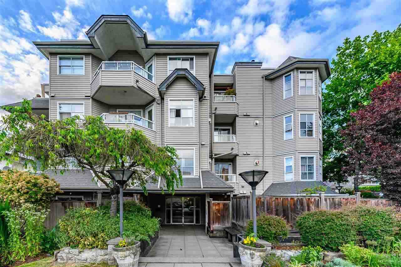 """Main Photo: 301 1481 E 4TH Avenue in Vancouver: Grandview Woodland Condo for sale in """"AWM ALLIANCE"""" (Vancouver East)  : MLS®# R2390041"""