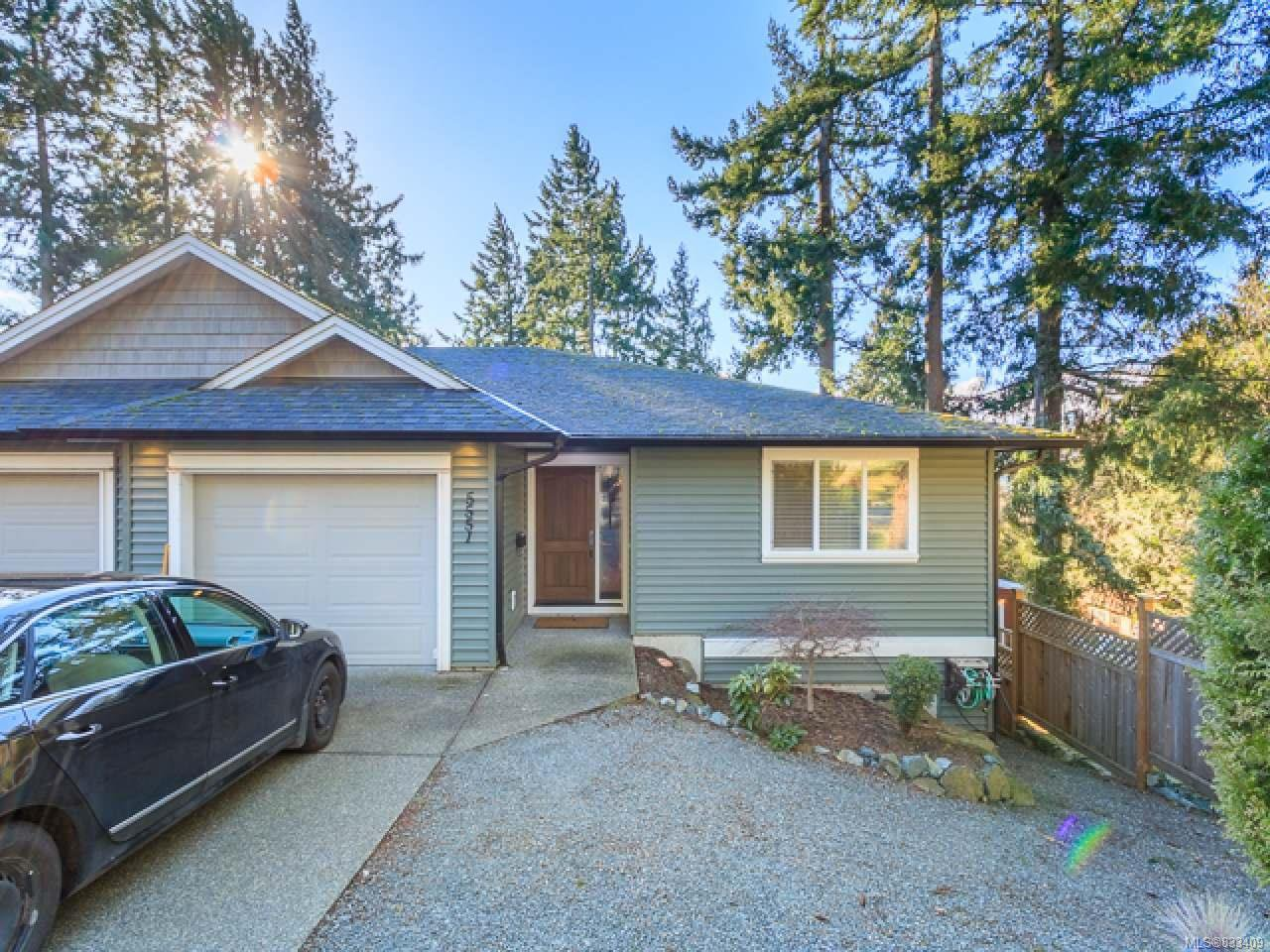 Main Photo: 5551 Big Bear Ridge in NANAIMO: Na Pleasant Valley Half Duplex for sale (Nanaimo)  : MLS®# 833409