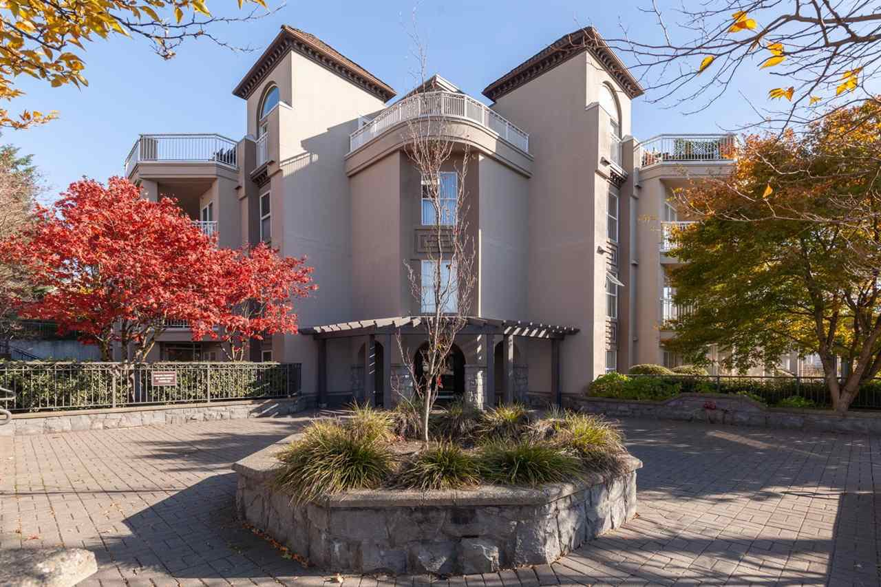 """Main Photo: 501 1128 SIXTH Avenue in New Westminster: Uptown NW Condo for sale in """"Kingsgate House"""" : MLS®# R2441260"""