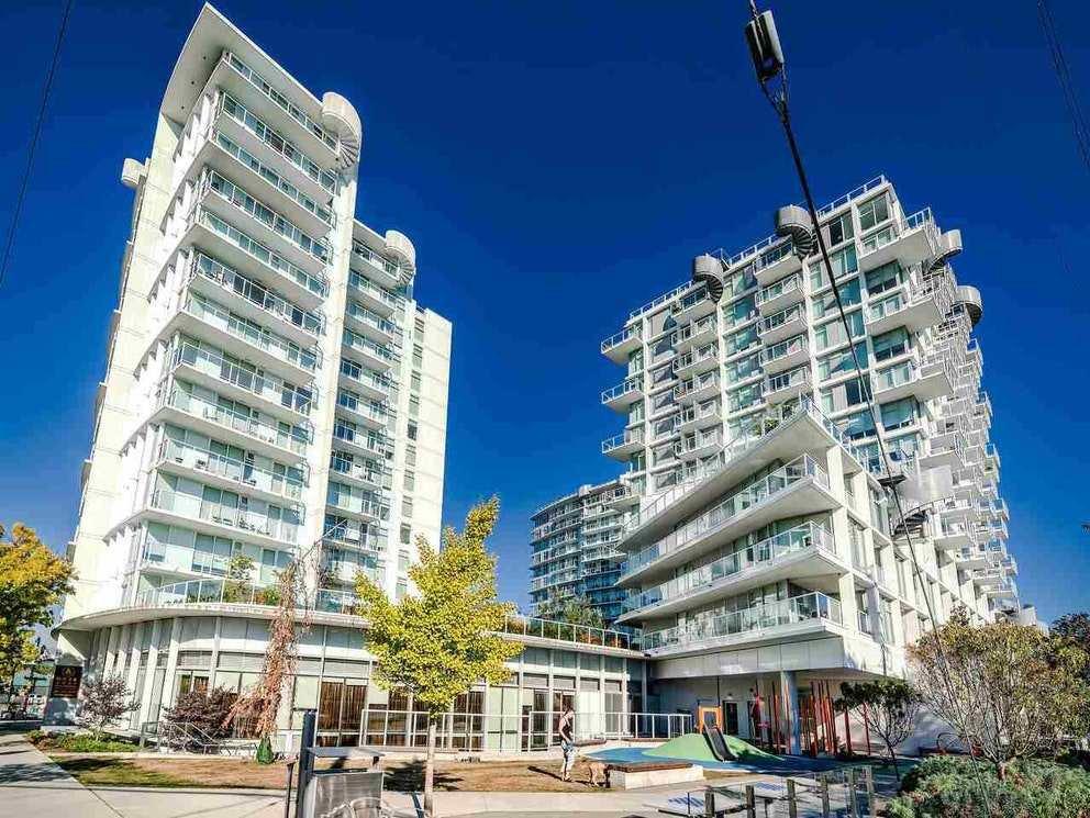 "Main Photo: 1109 2221 E 30TH Avenue in Vancouver: Victoria VE Condo for sale in ""KENSINGTON GARDENS"" (Vancouver East)  : MLS®# R2521344"