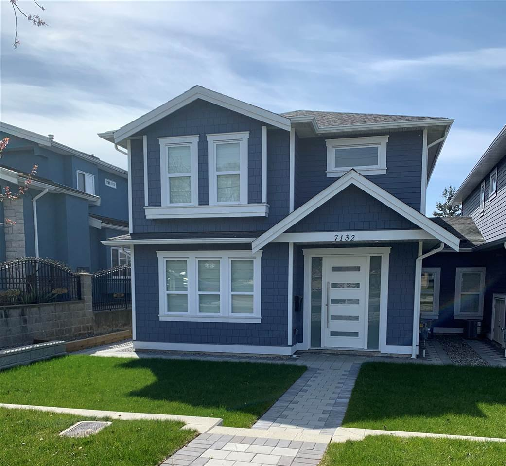Main Photo: 7132 KITCHENER Street in Burnaby: Sperling-Duthie 1/2 Duplex for sale (Burnaby North)  : MLS®# R2525348