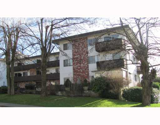 "Main Photo: 209 910 5TH Avenue in New Westminster: Uptown NW Condo for sale in ""GROSVENOR COURT"" : MLS®# V805895"