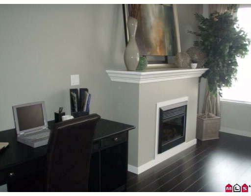 """Photo 3: Photos: 26 14462 61A Avenue in Surrey: Sullivan Station Townhouse for sale in """"Ravina"""" : MLS®# F2903996"""