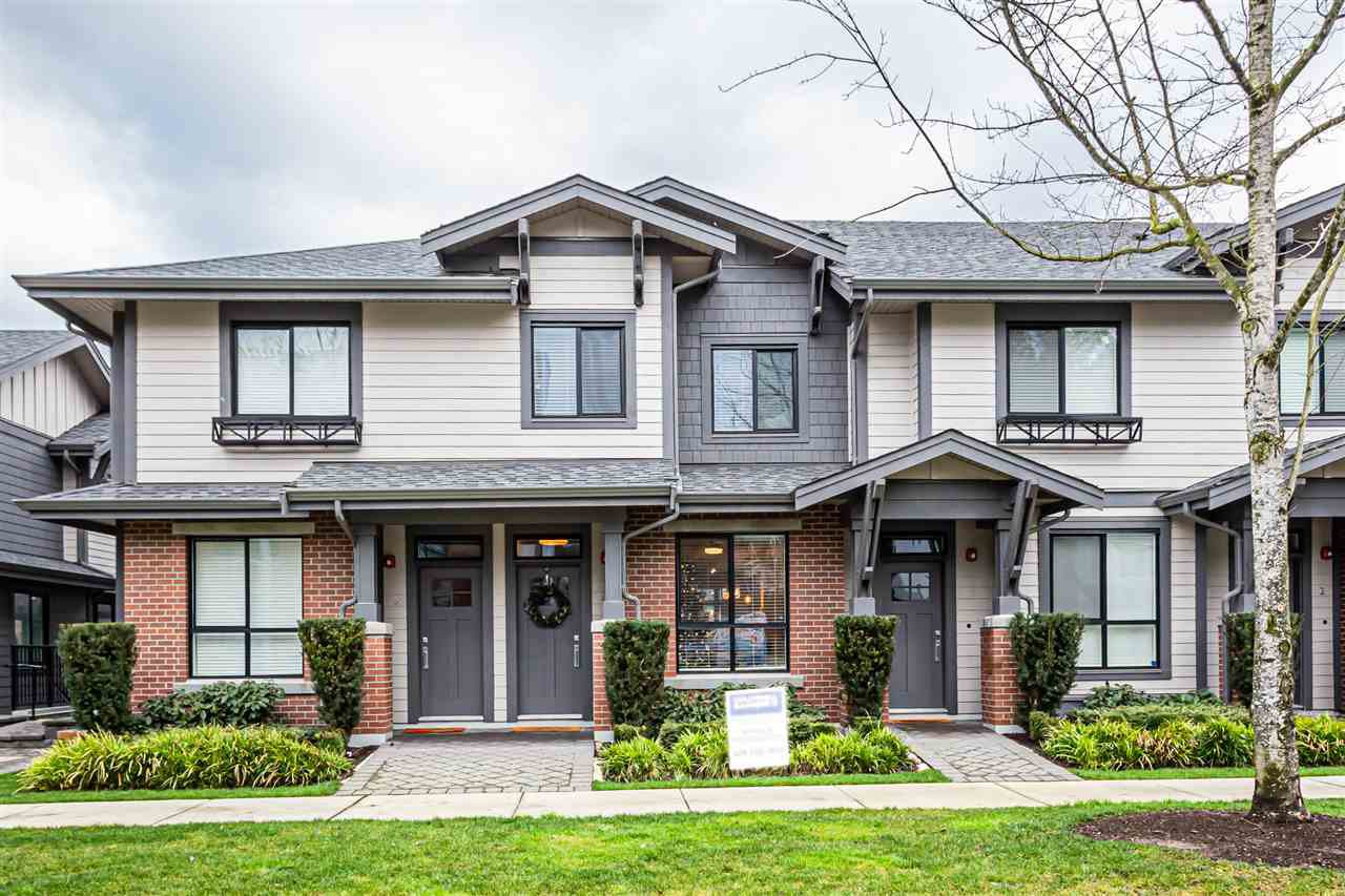 "Main Photo: 4 2988 151 Street in Surrey: Sunnyside Park Surrey Townhouse for sale in ""SouthPoint Walk"" (South Surrey White Rock)  : MLS®# R2425343"