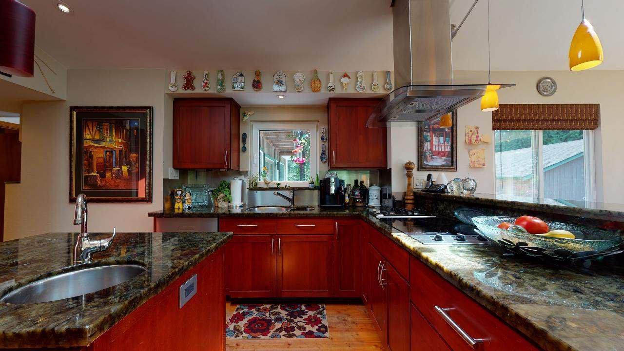 Photo 22: Photos: 5534 120 Street in Surrey: Panorama Ridge House for sale : MLS®# R2494689