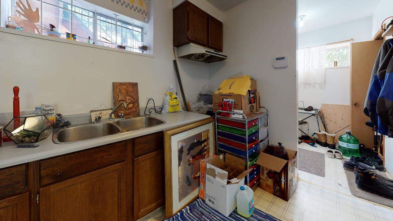 Photo 24: Photos: 5534 120 Street in Surrey: Panorama Ridge House for sale : MLS®# R2494689