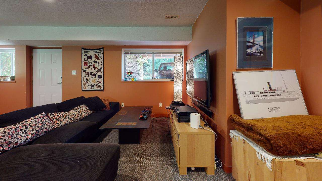 Photo 38: Photos: 5534 120 Street in Surrey: Panorama Ridge House for sale : MLS®# R2494689