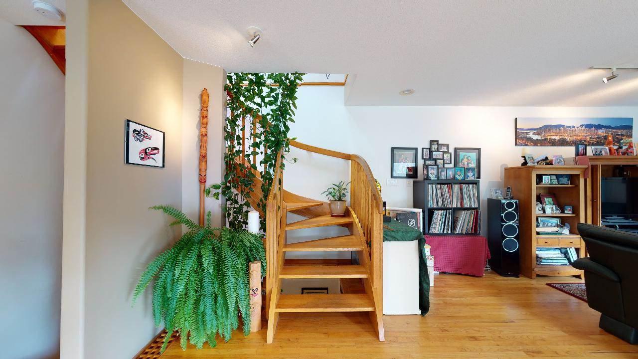 Photo 15: Photos: 5534 120 Street in Surrey: Panorama Ridge House for sale : MLS®# R2494689