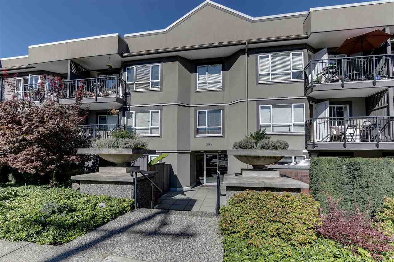 "Main Photo: 303 555 W 14TH Avenue in Vancouver: Fairview VW Condo for sale in ""Cambridge Place"" (Vancouver West)  : MLS®# R2503977"