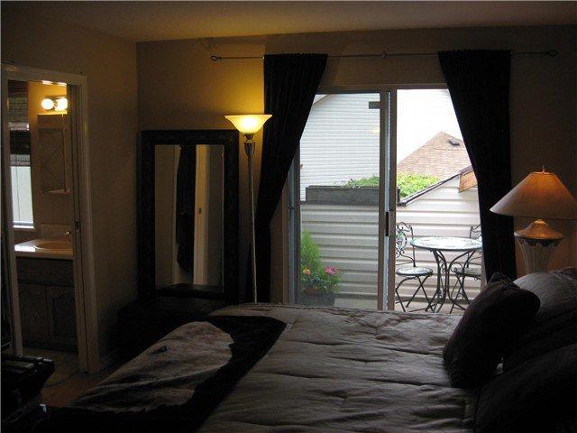 "Photo 9: Photos: 3 20699 120B Avenue in Maple Ridge: Northwest Maple Ridge Townhouse for sale in ""GATE WAY"" : MLS®# V835963"