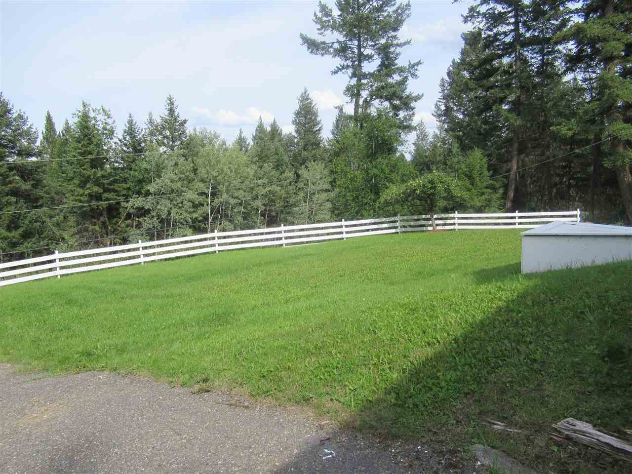 Photo 4: Photos: 607 ROBERTS Drive in Williams Lake: Esler/Dog Creek House for sale (Williams Lake (Zone 27))  : MLS®# R2391926