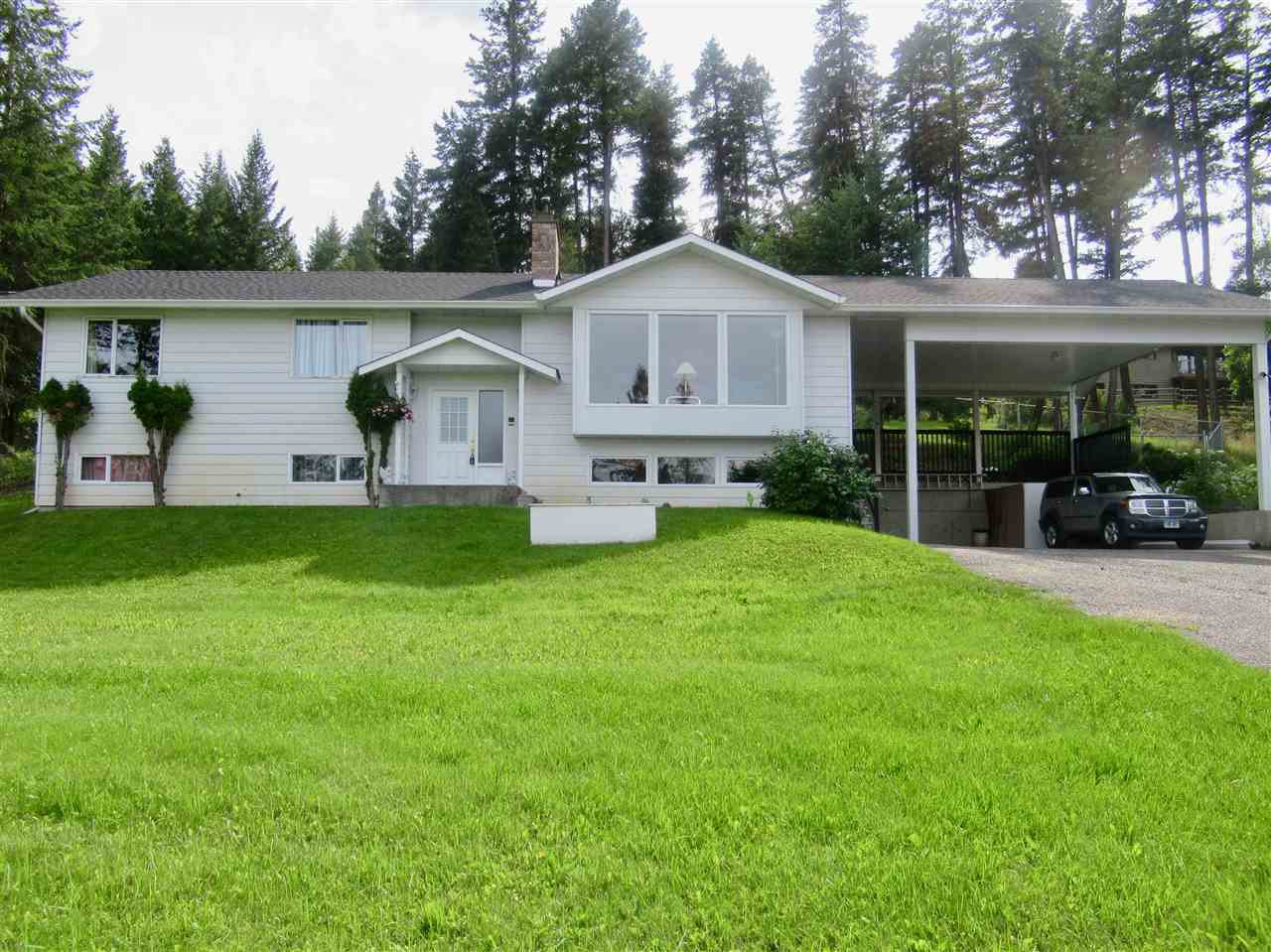 Photo 2: Photos: 607 ROBERTS Drive in Williams Lake: Esler/Dog Creek House for sale (Williams Lake (Zone 27))  : MLS®# R2391926
