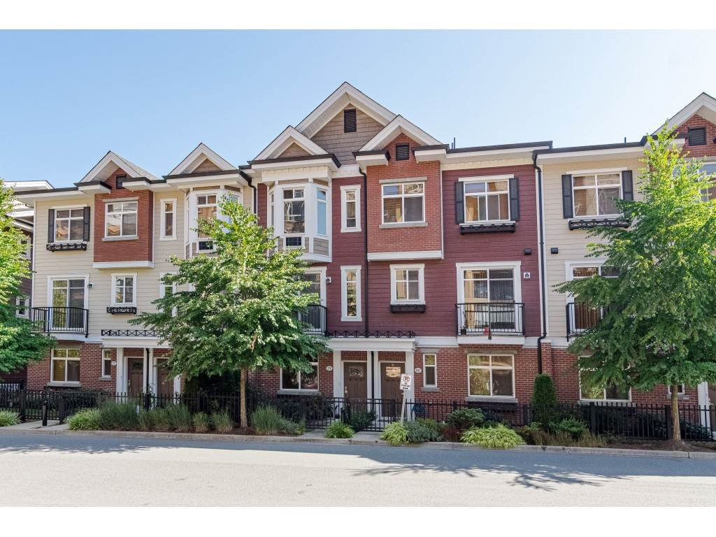 "Main Photo: 79 8068 207 Street in Langley: Willoughby Heights Townhouse for sale in ""Yorkson Creek South"" : MLS®# R2399664"