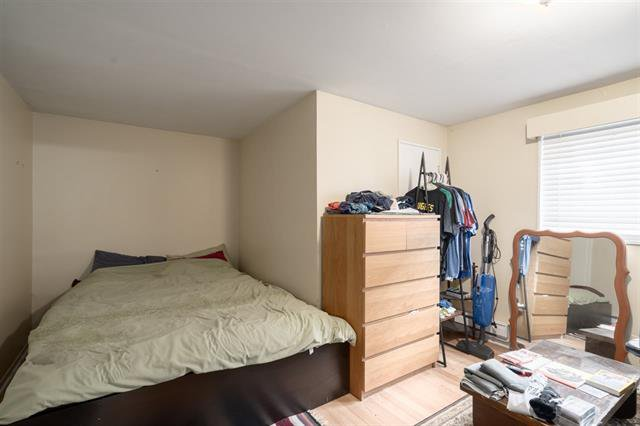 Photo 15: Photos: 4626 WINDSOR ST in VANCOUVER: Fraser VE House for sale (Vancouver East)  : MLS®# R2446066