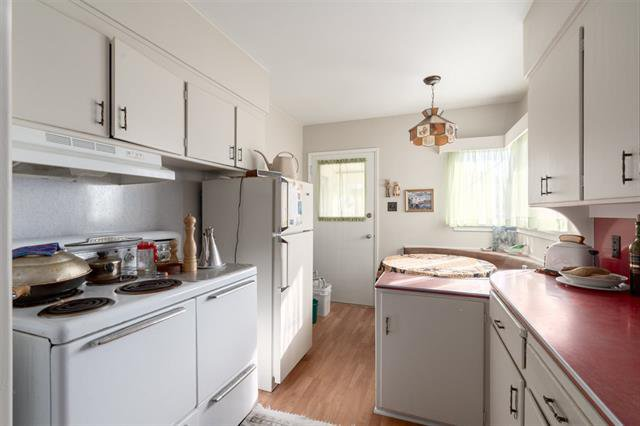 Photo 6: Photos: 4626 WINDSOR ST in VANCOUVER: Fraser VE House for sale (Vancouver East)  : MLS®# R2446066