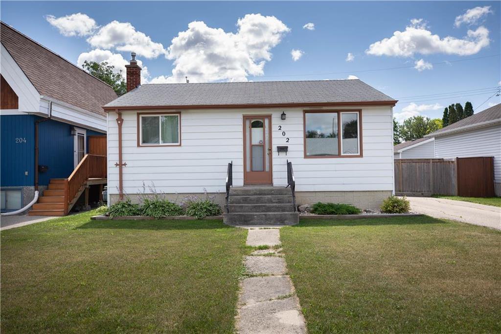 Main Photo: 202 Portland Avenue in Winnipeg: St Vital Residential for sale (2D)  : MLS®# 202018055