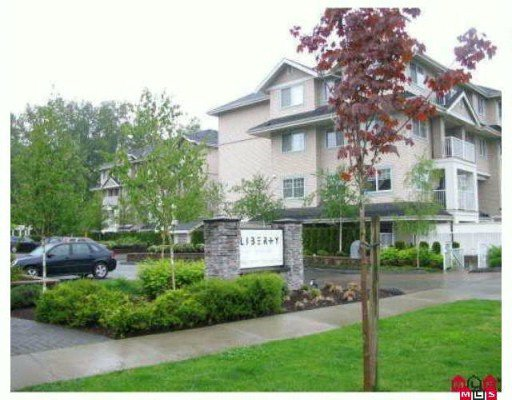 "Main Photo: 204 19366 65 Avenue in Surrey: Clayton Condo for sale in ""Liberty at Southlands"" (Cloverdale)  : MLS®# F2926783"