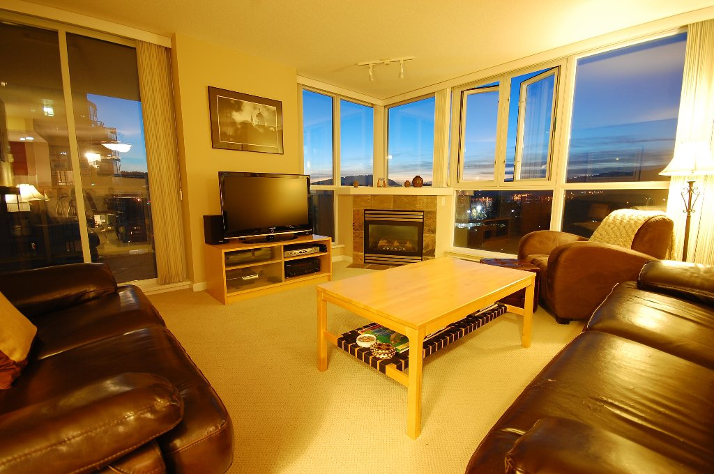 """Main Photo: 1201 235 GUILDFORD Way in Port Moody: North Shore Pt Moody Condo for sale in """"THE SINCLAIR"""" : MLS®# V855234"""