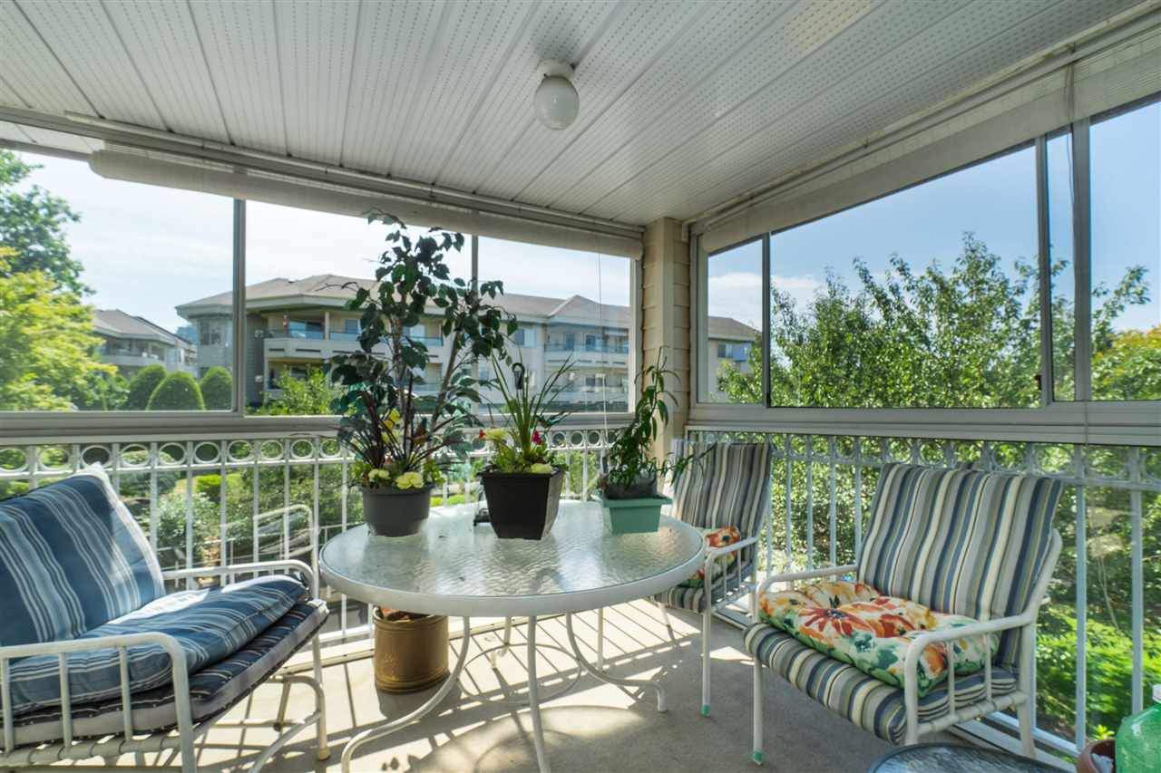 """Main Photo: 209 2491 GLADWIN Road in Abbotsford: Abbotsford West Condo for sale in """"Lakewood Gardens"""" : MLS®# R2396294"""