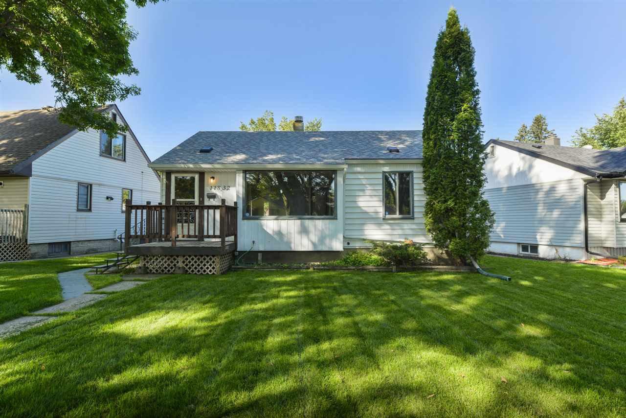 Main Photo: 11832 61 Street in Edmonton: Zone 06 House for sale : MLS®# E4172675