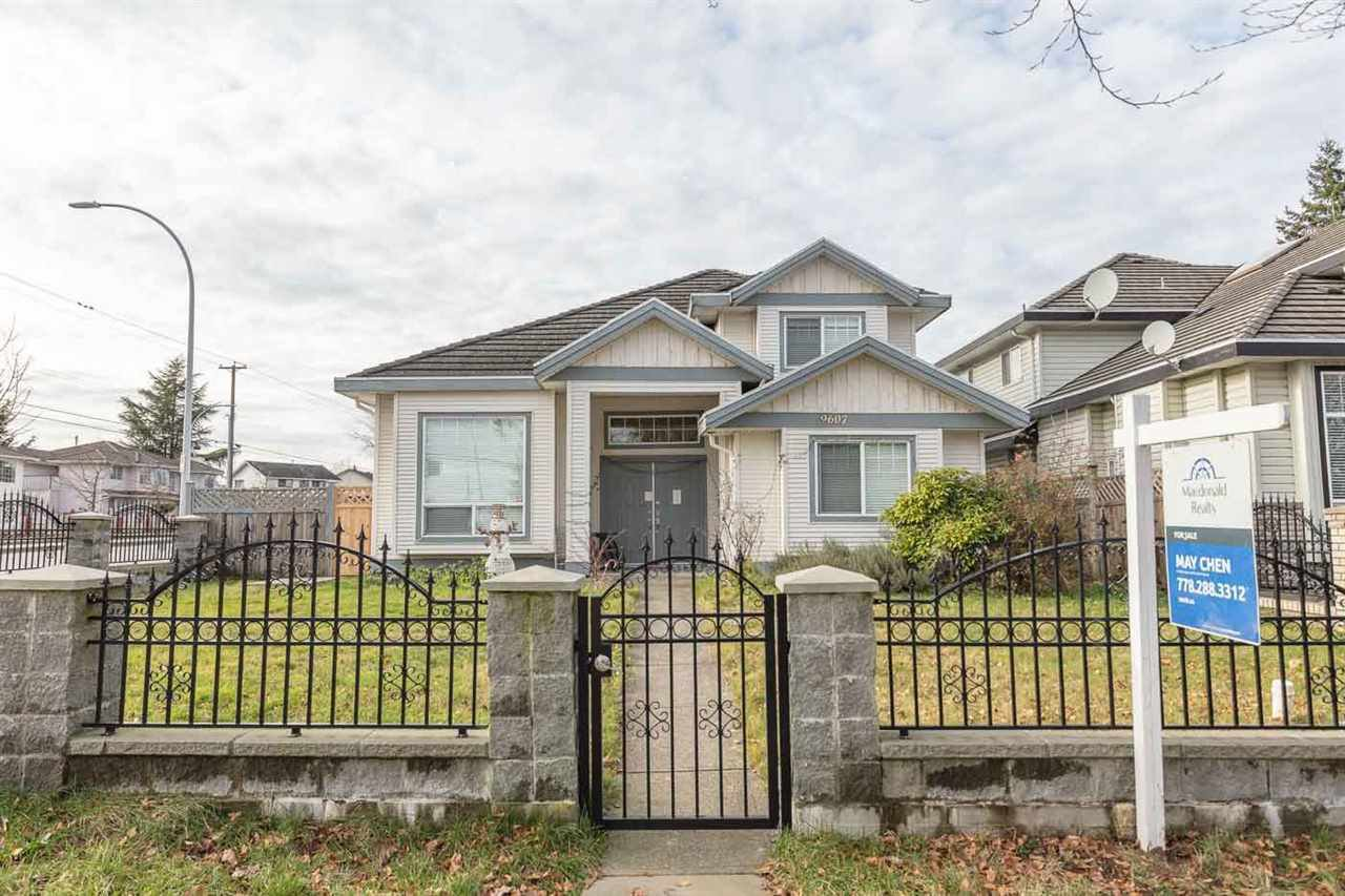 Main Photo: 9607 156 Street in Surrey: Fleetwood Tynehead House for sale : MLS®# R2527749