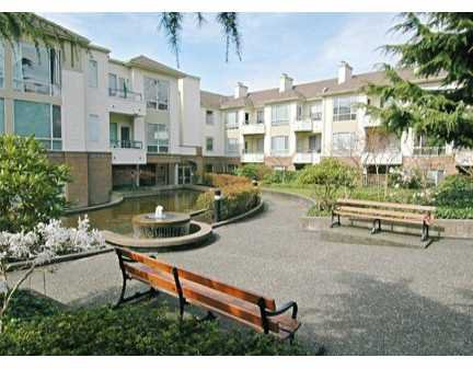 Main Photo: 409 6742 STATION HILL CT in Burnaby: South Slope Condo for sale (Burnaby South)  : MLS®# V582871