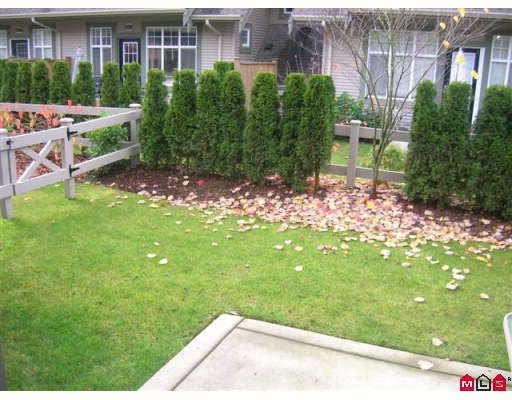 """Photo 10: Photos: 26 6050 166TH Street in Surrey: Cloverdale BC Townhouse for sale in """"WESTFIELD"""" (Cloverdale)  : MLS®# F2831331"""
