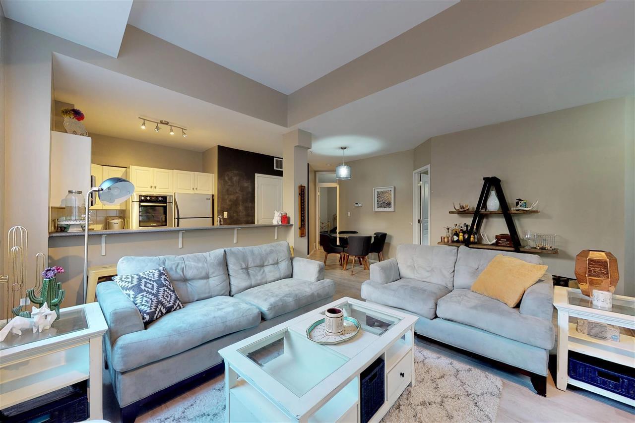 Main Photo: 109 10728 82 Avenue in Edmonton: Zone 15 Condo for sale : MLS®# E4176617