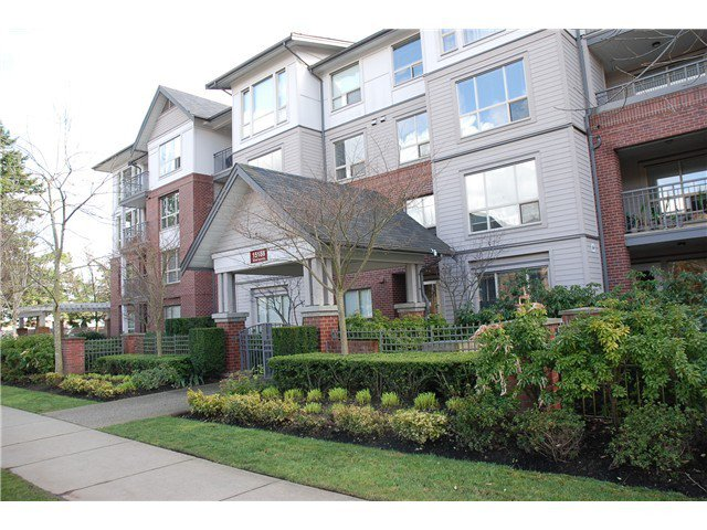 Main Photo: 205 15188 22ND Ave in South Surrey White Rock: Sunnyside Park Surrey Home for sale ()  : MLS®# F1425393