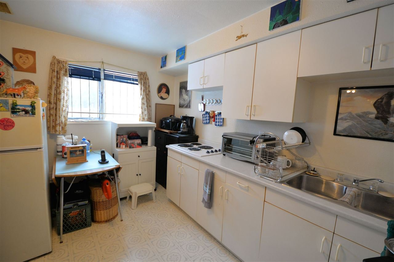 """Photo 7: Photos: 1250 MONKLEY Avenue in Prince George: VLA House 1/2 Duplex for sale in """"VLA"""" (PG City Central (Zone 72))  : MLS®# R2427019"""