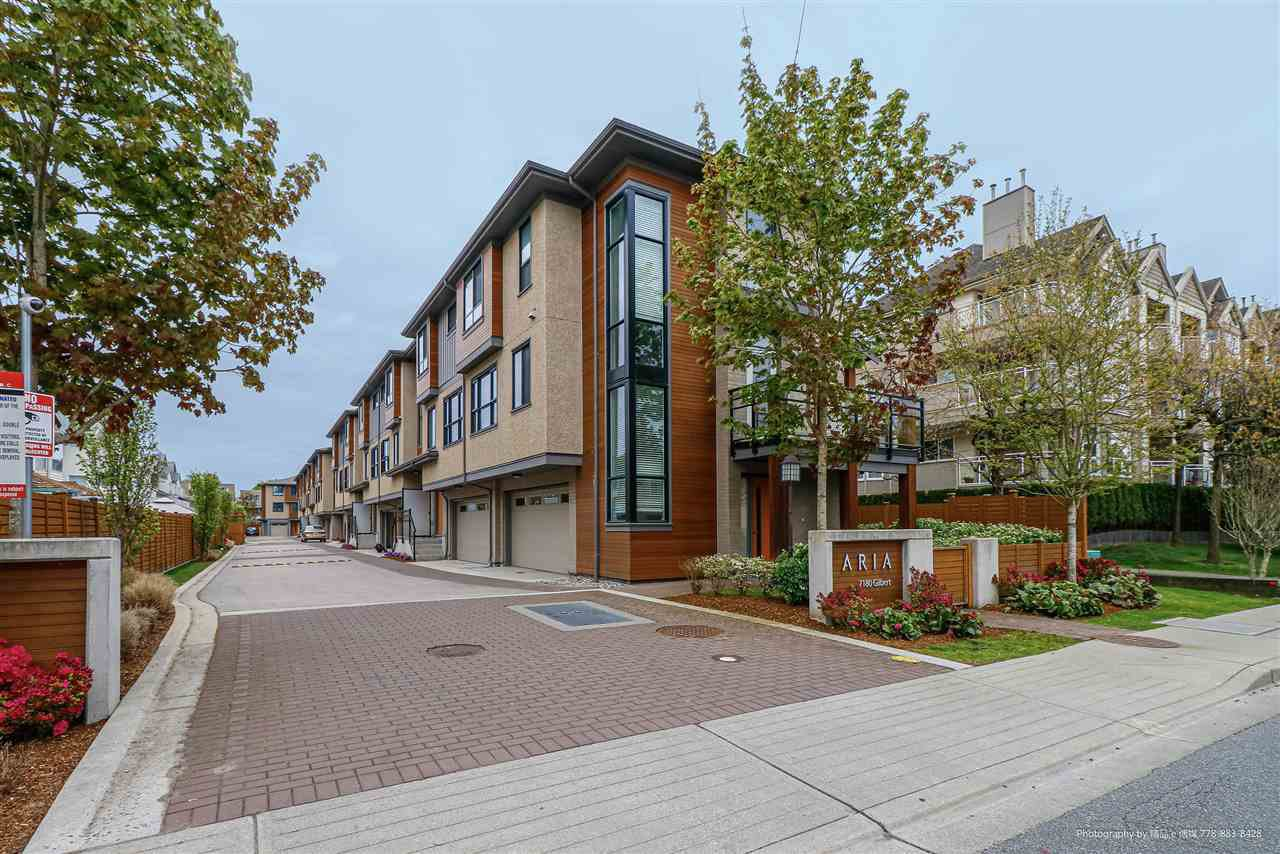 Main Photo: 4 7180 GILBERT Road in Richmond: Brighouse South Townhouse for sale : MLS®# R2453177