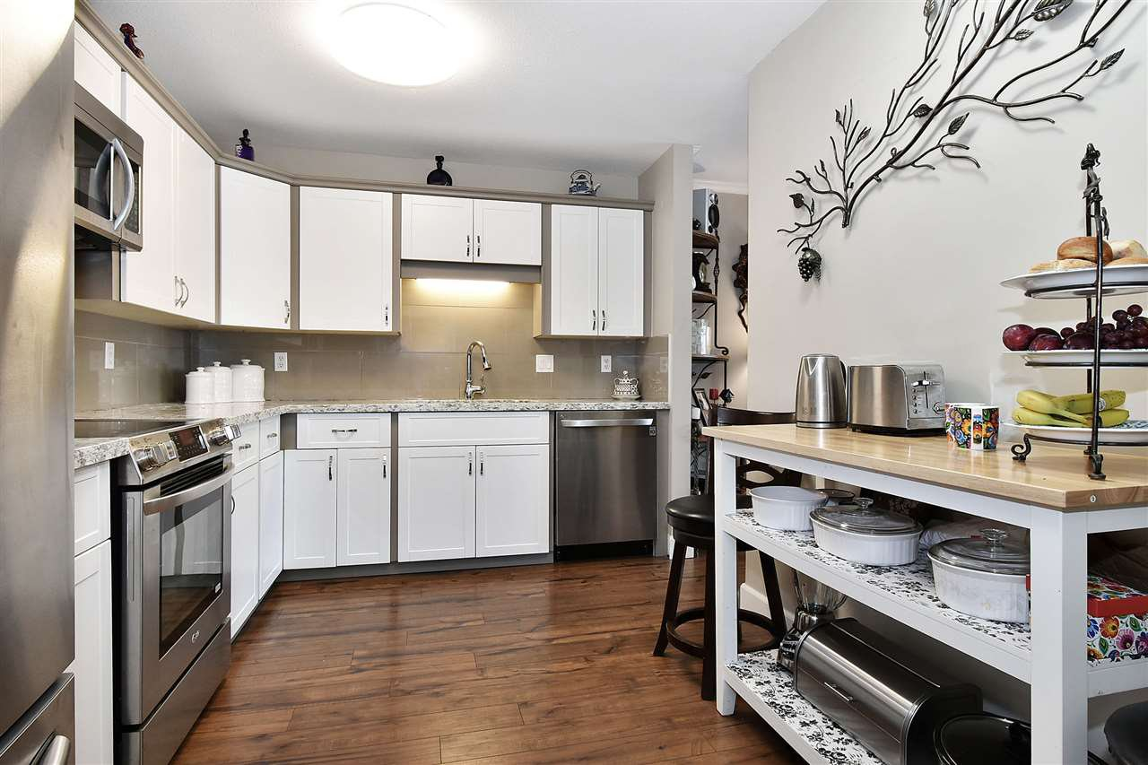 Main Photo: 303 2450 CHURCH Street in Abbotsford: Abbotsford West Condo for sale : MLS®# R2484170
