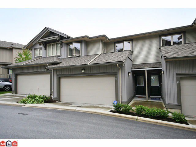 "Main Photo: 21 20326 68 Avenue in Langley: Willoughby Heights Townhouse for sale in ""Sunpointe"" : MLS®# F1025834"