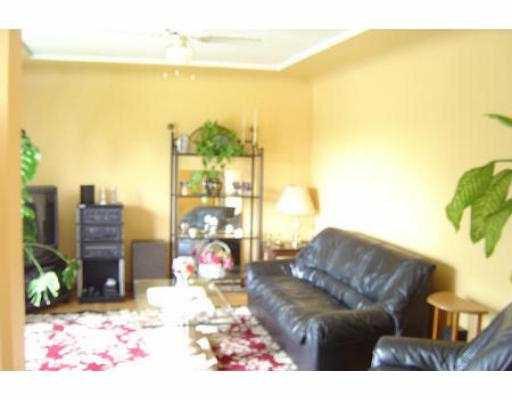 "Photo 3: Photos: 11150 CHARLTON ST in Maple Ridge: Southwest Maple Ridge House for sale in ""HAMMOND"" : MLS®# V536115"