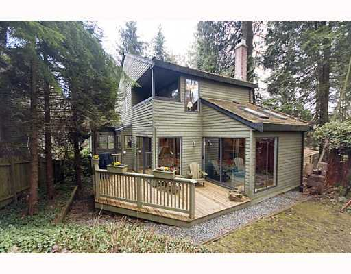 Main Photo: 1482 ROSS Road in North_Vancouver: Lynn Valley House for sale (North Vancouver)  : MLS®# V759338