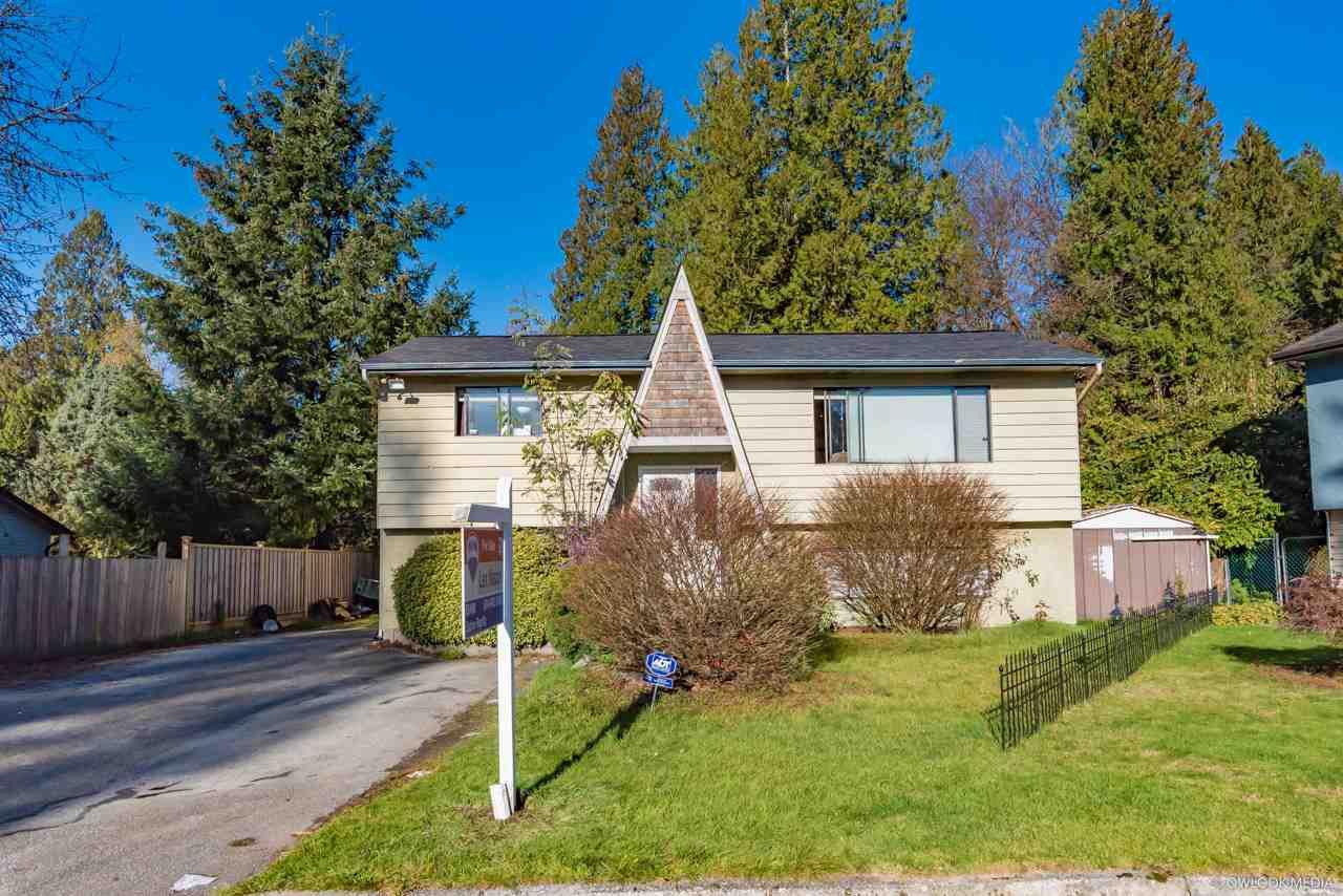 Main Photo: 20943 TANNER Place in Maple Ridge: Northwest Maple Ridge House for sale : MLS®# R2393313