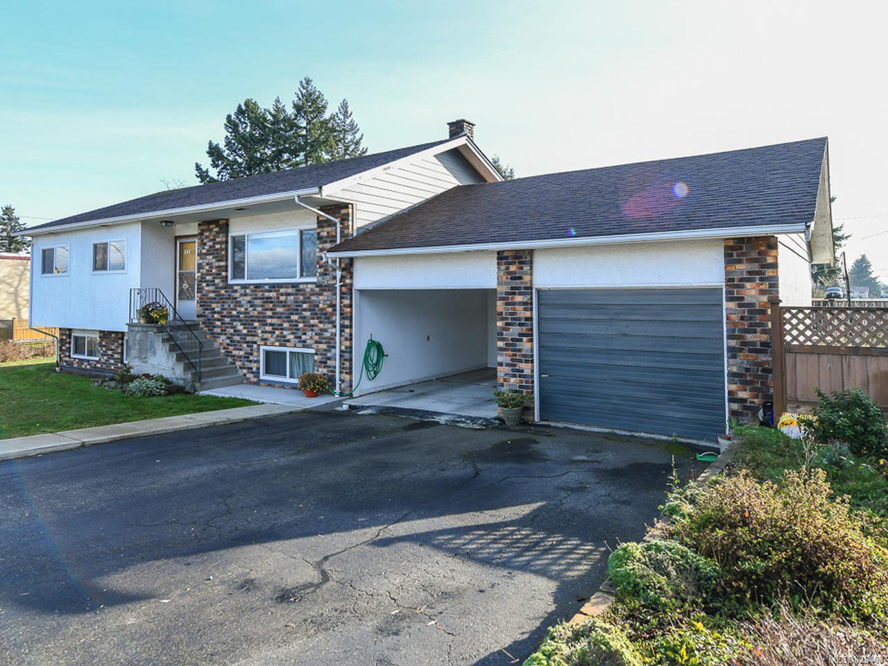 Main Photo: 540 17th St in COURTENAY: CV Courtenay City House for sale (Comox Valley)  : MLS®# 829463