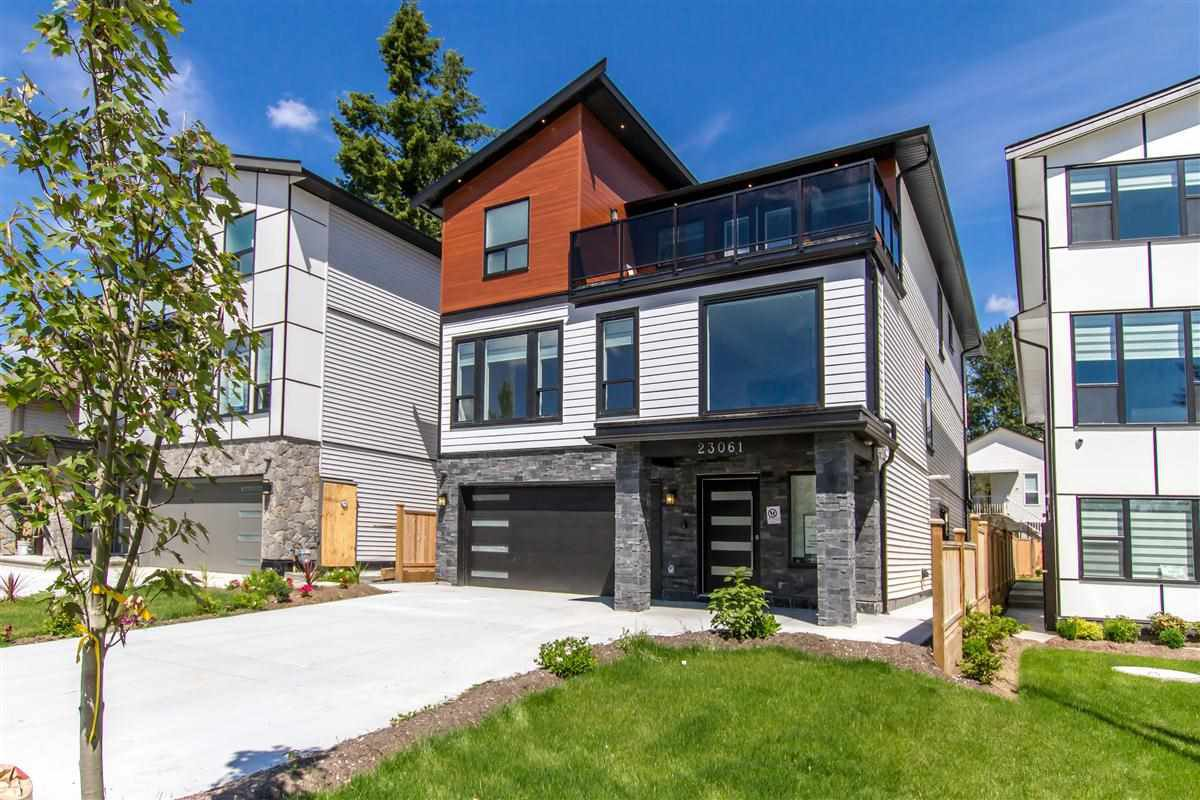 "Main Photo: 23061 CLIFF Avenue in Maple Ridge: East Central House for sale in ""CLIFF CUL-DE-SAC"" : MLS®# R2474807"