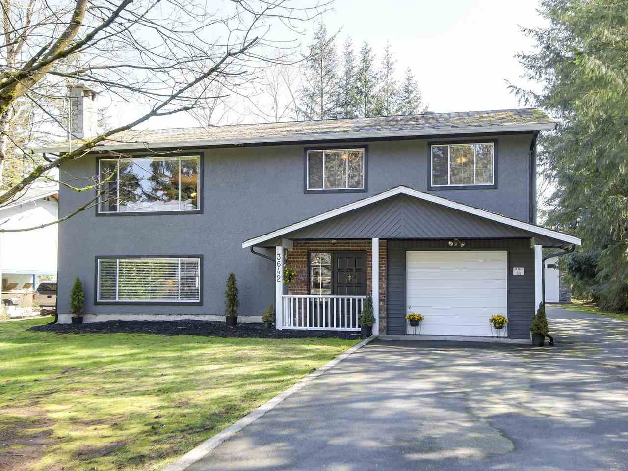 Main Photo: 3642 204A STREET in : Brookswood Langley House for sale : MLS®# R2154314