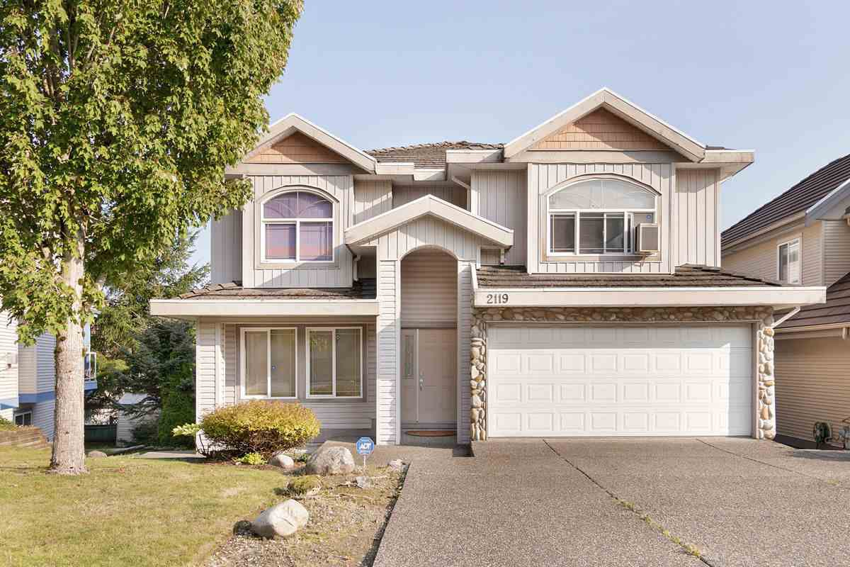Main Photo: 2119 TURNBERRY Lane in Coquitlam: Westwood Plateau House for sale : MLS®# R2505504