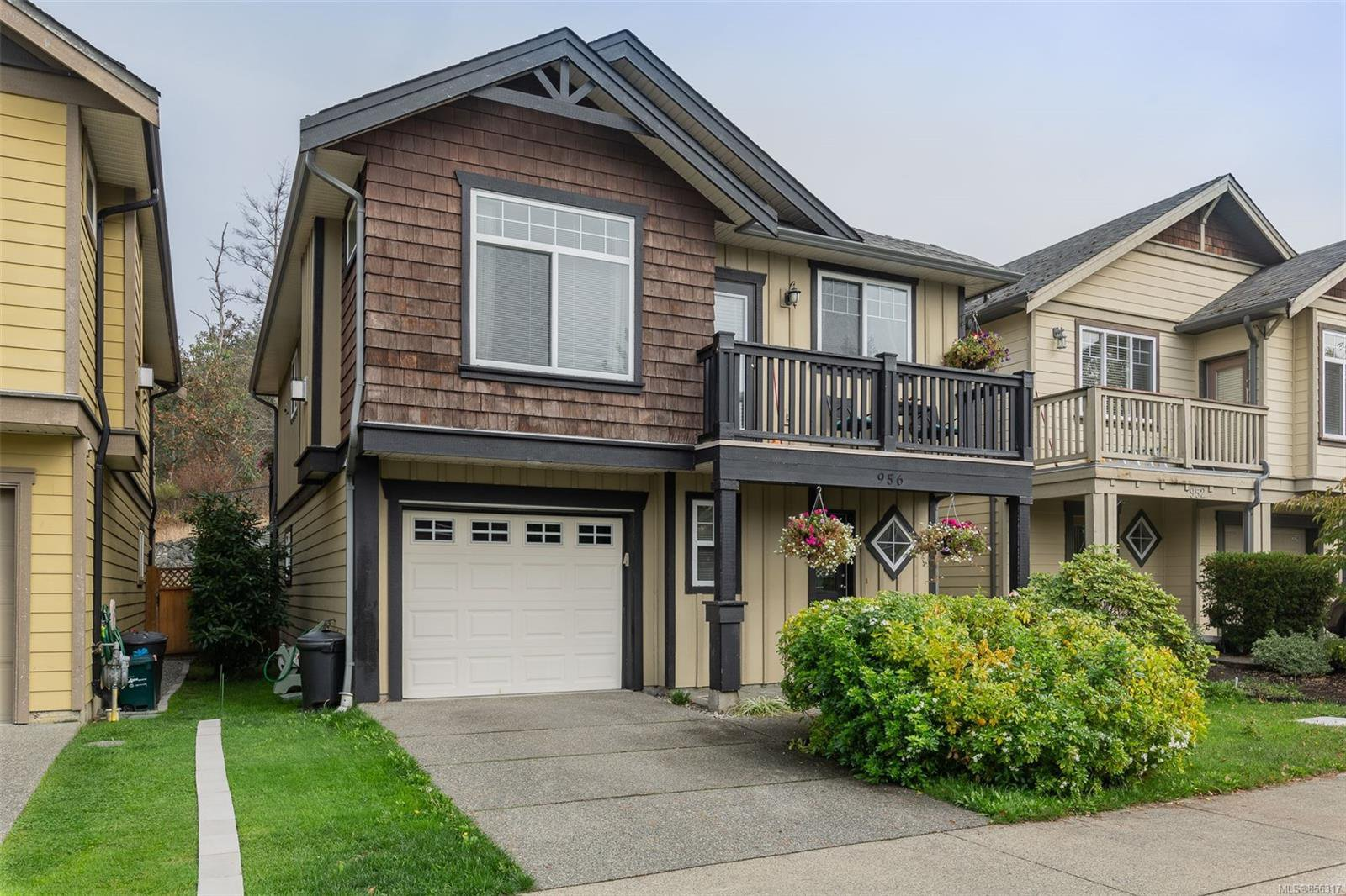 Main Photo: 956 Cavalcade Terr in : La Langford Proper House for sale (Langford)  : MLS®# 856317