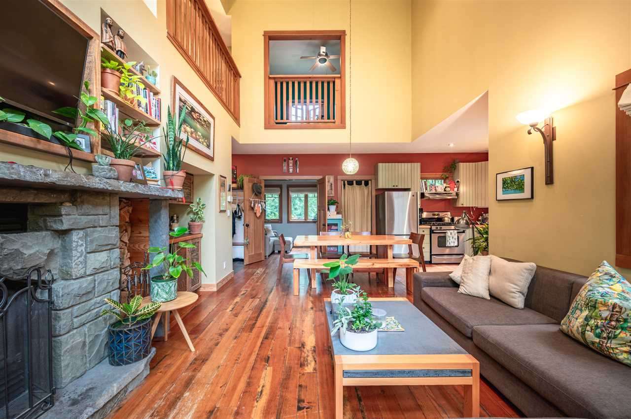 Photo 8: Photos: 41645 GOVERNMENT Road in Squamish: Brackendale House for sale : MLS®# R2515345