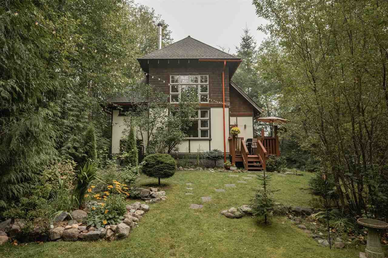 Photo 20: Photos: 41645 GOVERNMENT Road in Squamish: Brackendale House for sale : MLS®# R2515345
