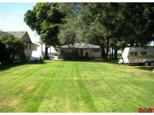 Photo 8: Photos: 972 COLUMBIA Street in Abbotsford: Poplar House for sale