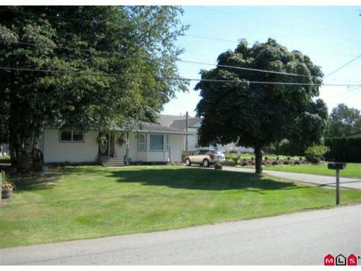 Main Photo: 972 COLUMBIA Street in Abbotsford: Poplar House for sale