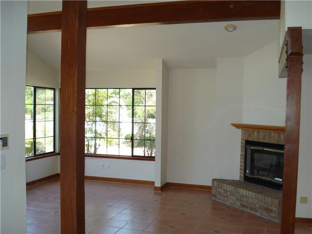 Photo 2: Photos: POWAY House for sale : 4 bedrooms : 13735 Paseo Bonita