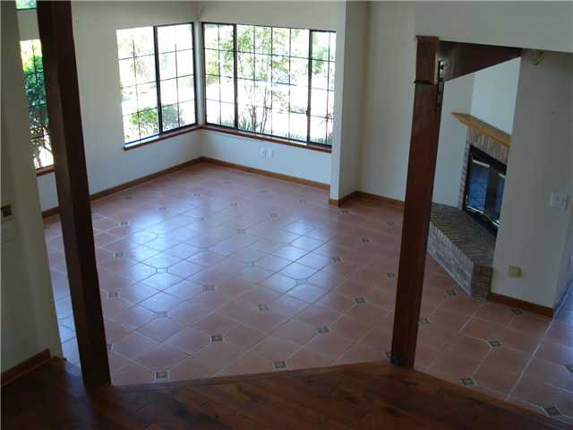 Photo 3: Photos: POWAY House for sale : 4 bedrooms : 13735 Paseo Bonita
