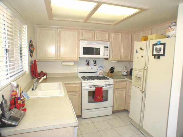 Main Photo: EL CAJON Residential for sale : 2 bedrooms : 1107 Decker St #B